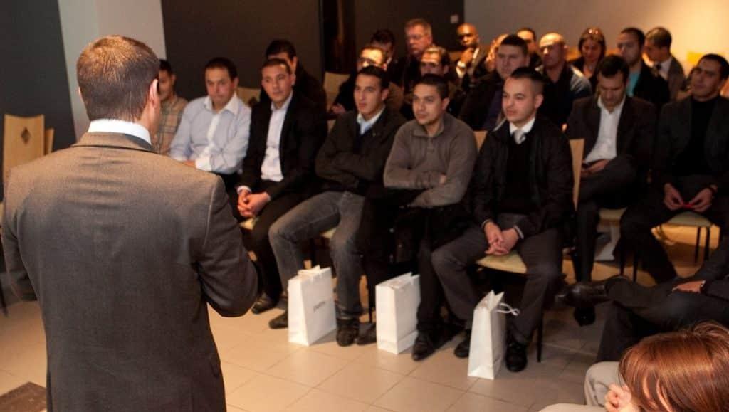Workshop-avec-une-conference-un-seminaire-et-une-formation