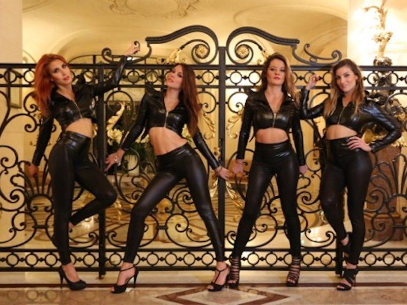 Show Glamour Girls - Chaud