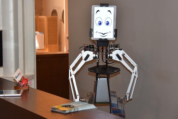 Les Multiples Facettes Des Robots Dans Le Domaine De L'événement D'entreprise