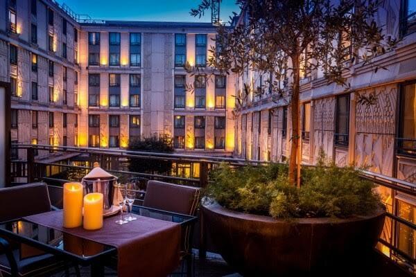 Evénementiel hotellerie luxe Courcelles - Jardin intérieur