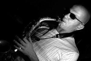 Incentive Avignon événementiel - Joueur De Sax Live
