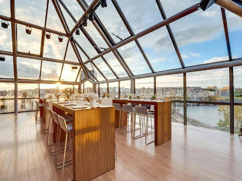 Lieu événementiel Rooftop Paris Pyramide - diner de gala