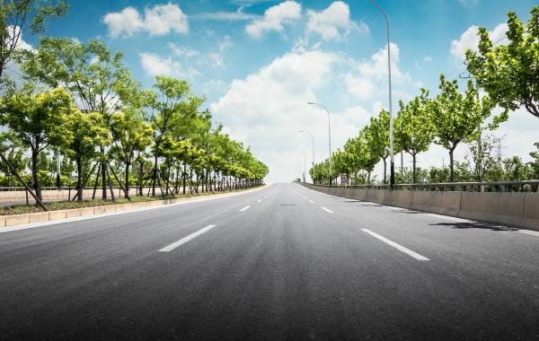 lieux atypiques événementiels - route autoroute