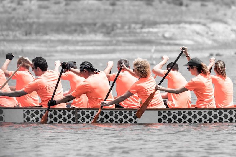 Activité team building paris - course de bateaux