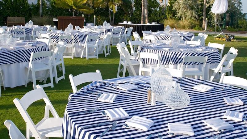Organiser une garden party - Déjeuner champêtre pour une family day